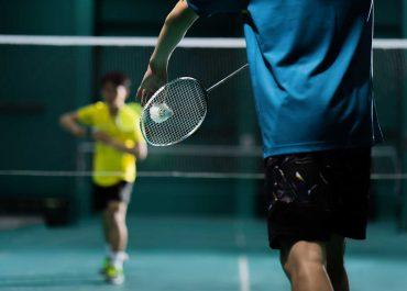 Badminton : affronter un adversaire avec envie et persévérer